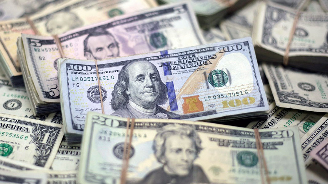 Bond yields invert and US dollar continues to appreciate against Chinese Yuan