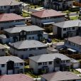 Home lending growth flashes red
