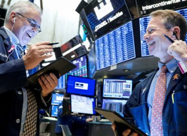 Better than expected reporting sees US market higher
