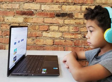 US students flock to online learning as Family Zone reports record revenue