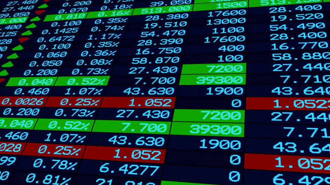 US markets finish relatively flat with tech shares again holding back