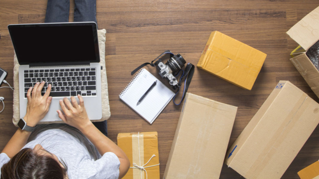 Online shopping booms as Harris Technology reports 209% sales increase